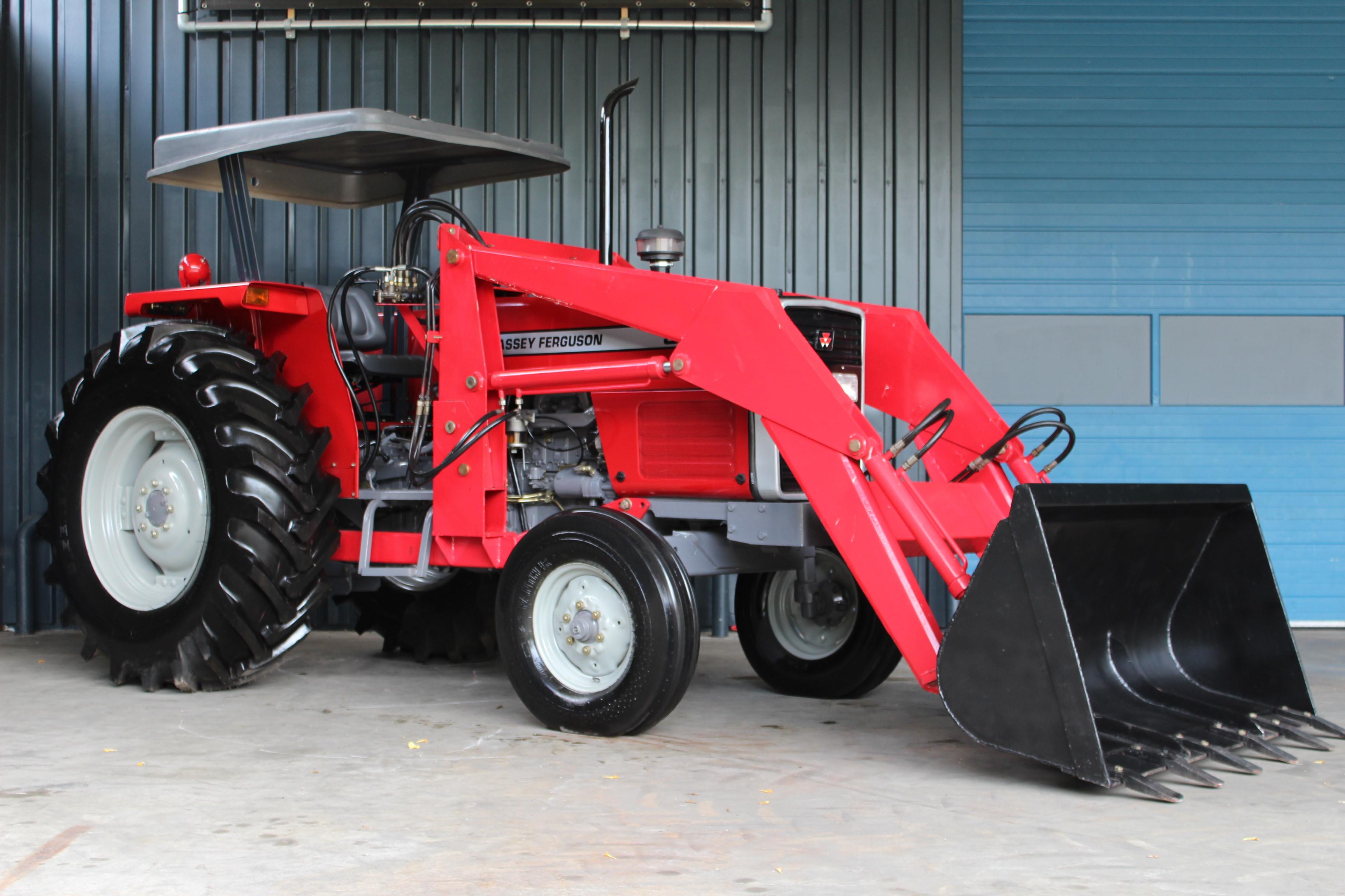 Massey-Ferguson 385 2wd (excl. loader)